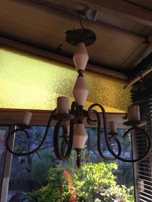 vendo araña de bronce combinado de 5 luces y otra de tipo