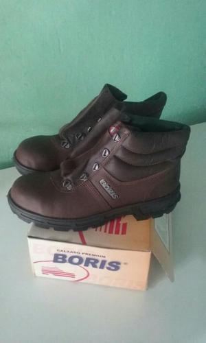 Vendo Zapatos Boris Marrones a  Peso
