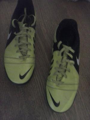 Botines Nike CTR360
