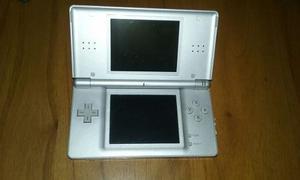 Nintendo Ds Lite Con Cargador Y Lápiz