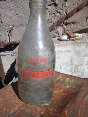 antigua botella de leche dulesnea