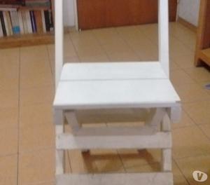 vendo mesa y sillas de madera plegables