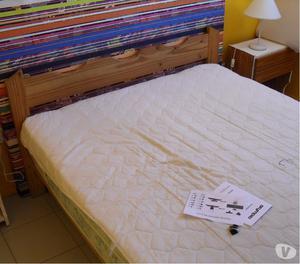 Vendo Cama y colchon matrimonial y cama individual