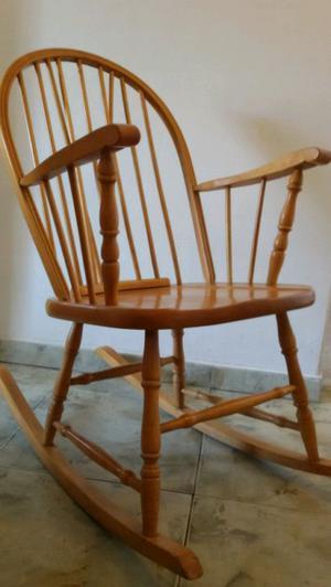 Silla sillón mecedora estilo windsor madera maciza roble