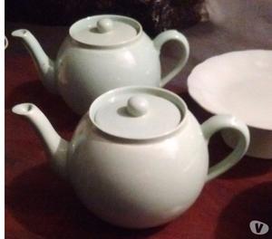 Vendo 2 teteras de cerámica inglesa