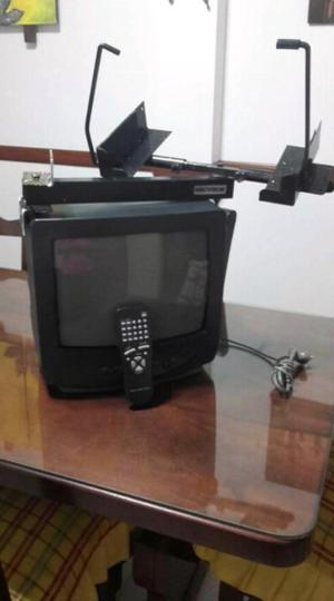 """TV 14"""" con soporte y control remoto"""