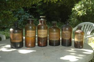 lote de 6 frascos antiguos de drogueria