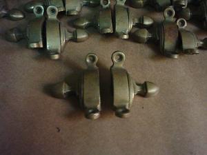 soportes de bronce para alfombras de escalera