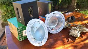 Apliques de luces nuevos y 2 usados