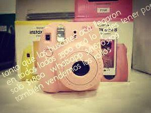 Vendo cámara de foto instantania nueva en caja