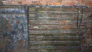 Liquido portón antiguo