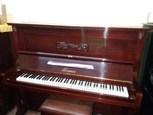 Pianos antiguos varios