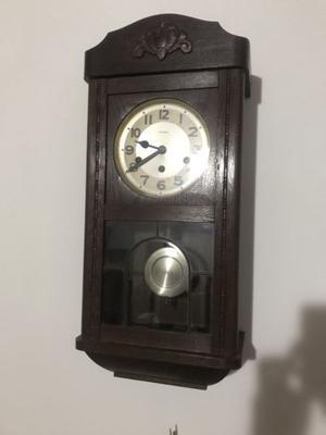Vendo reloj antiguo.