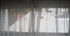 Excelente cortina lista para colgar con posot class for Ganchos para colgar cortinas