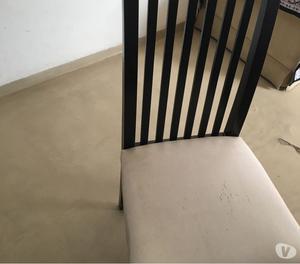 Mesa laquesa y seis sillas