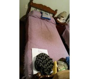 Vendo dos camas de 1 plaza con colchon