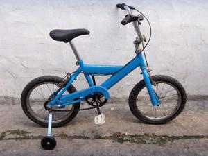 bicicleta para niños r 16 con rueditas usada