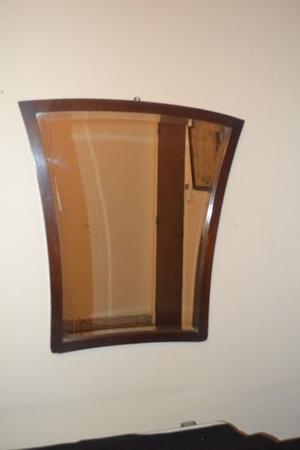 Espejo viscelado con marco de madera, muy solido