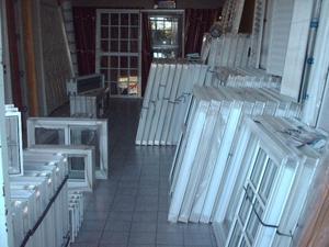 ventana aluminio blanco vidrio entero