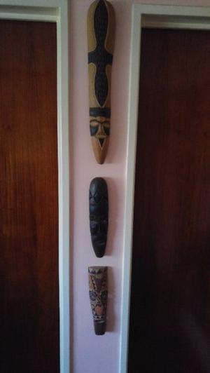 3 máscaras africanas de madera muy dura talladas a mano y