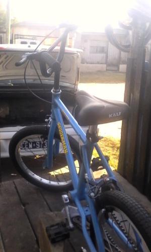 Vendo bicicleta de el hombre araña rodado 16
