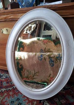 Marco Oval Con Espejo De Cristal Biselado