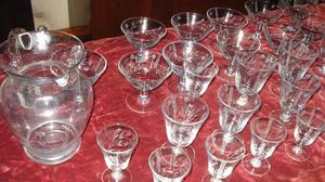 Juego de copas y vasos de cristal facetadas - con Jarra