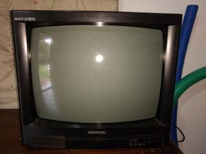 Televisor crown buen estado