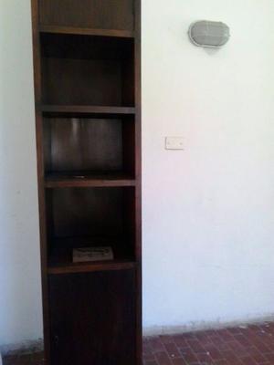 BIBLIOTECA ANTIGUA DE MADERA