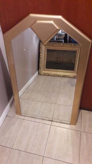 Hermoso espejo dorado en muy buen estado 75x100cm