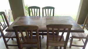 Juego mesa y 6 sillas de algarrobo