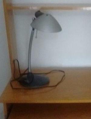 VENDO LAMPARA DE ESCRITORIO