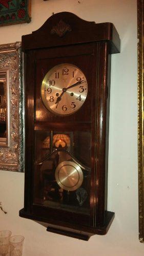 Antiguo Reloj De Pared Aleman. Funcionando. Con Llave