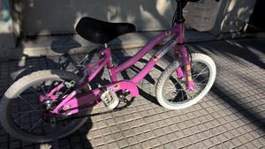 """Bicicleta Rodado 14"""" de niña."""