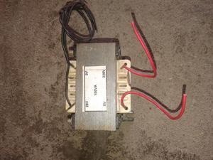 Transformador de 220 volts a 28 ac 3A