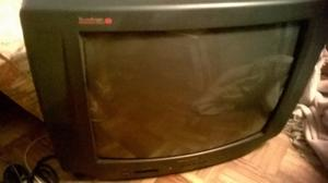 VENDO TV PHILCO IMPECABLE 24 PULGADAS CON CONTROL