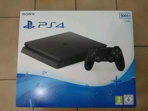 Vendo Play 4 SLIM nueva en caja
