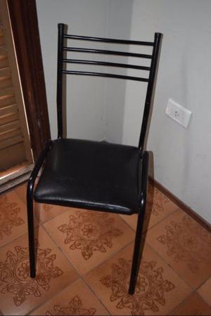 Sillas. Juego de 4 sillas.