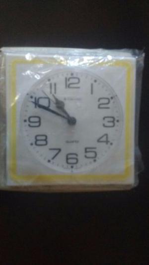 reloj pared junghans_Vintage_$ 500 Nuevo