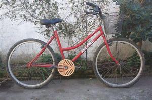 Vendo bicicleta de mujer rodado 26.