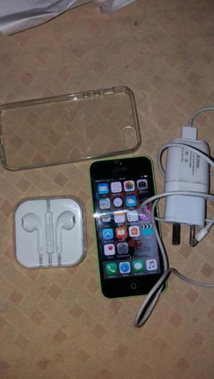"""Vendo iPhone 5c """"32GB"""" LIBRE en excelente estado con"""