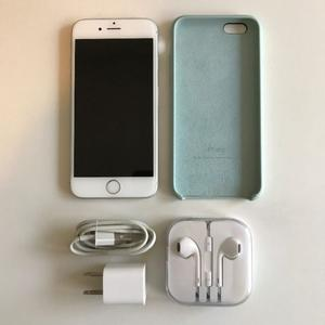 Vendo iPhone 6S - 16 GB con funda y accesorios originales.