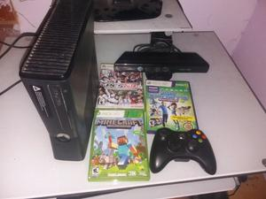 Vendo xbox 360 slim 4gb+ 1 joystick+ 3 juegos +Kinect
