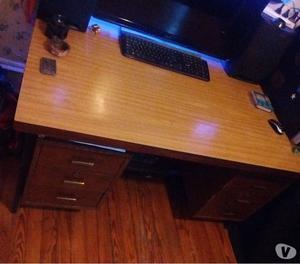 vendo escritorio masizo