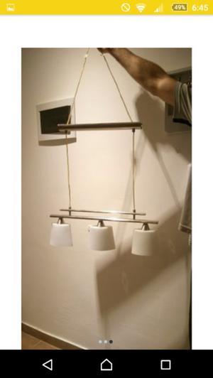 Lámpara colgante con tres luces