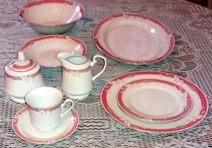 """Juego de platos de porcelana """"Bone China"""" 65 piezas"""