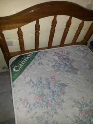 Cama plaza y media con colchon cannon