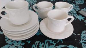 Juego de tazas de cerámica
