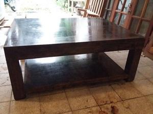 Mesa ratona de madera para living