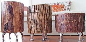 Banco de rodaja de madera con patas de metal